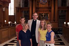 Vicar St Brides 2000