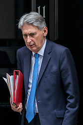 © Licensed to London News Pictures. 20/06/2018. London, UK. The Chancellor of The Exchequer Philip Hammond leaves 11 Downing Street. Photo credit: Rob Pinney/LNP