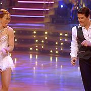 NLD/Baarn/20070331 - 1e Live uitzending Dancing with the Stars 2007, Martijn Krabbe en danspartner Roemjana de Haan