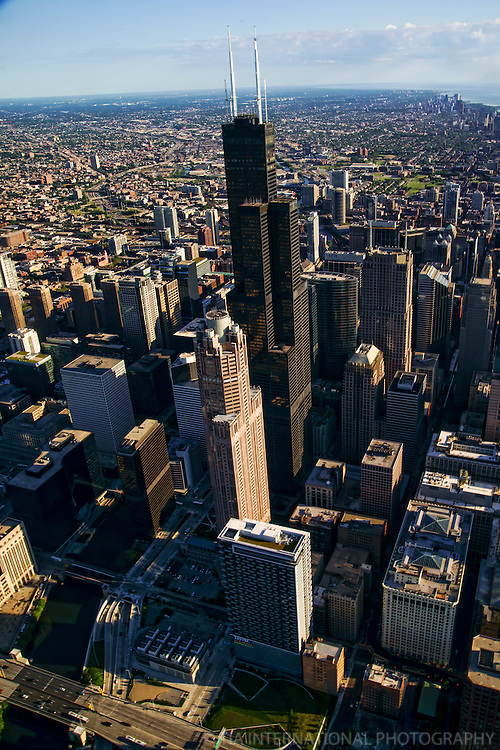 Willis Tower & Chicago River