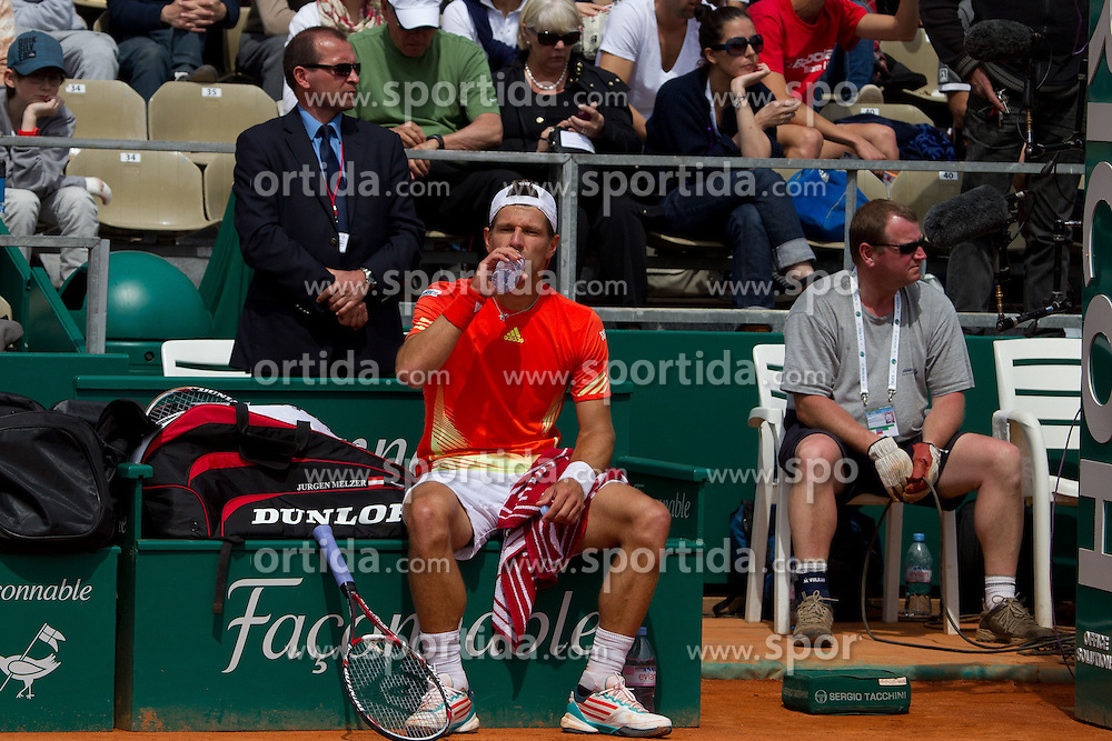 18.04.2012 Country Club, Monte Carlo, MON, ATP World Tour, Rolex Masters, 2. Runde, im Bild Jurgen Melzer (AUT) in action during the second round match between Julien Benneteau (FRA) and Jurgen Melzer (AUT) // at the Rolex Masters tennis tournament second Round of ATP World Tour at Country Club, Monte Carlo, Monaco on 2012/04/17. EXPA Pictures © 2012, PhotoCredit: EXPA/ Mitchell Gunn
