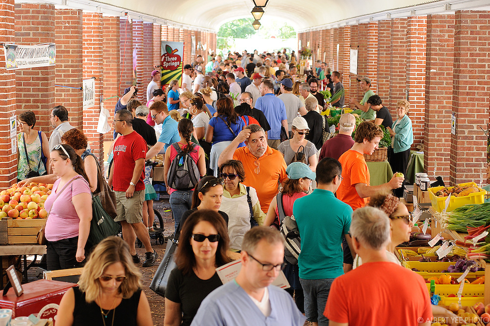 Headhouse Square Farmers Market<br /> <br /> for The Food Trust<br /> <br /> September 7, 2014