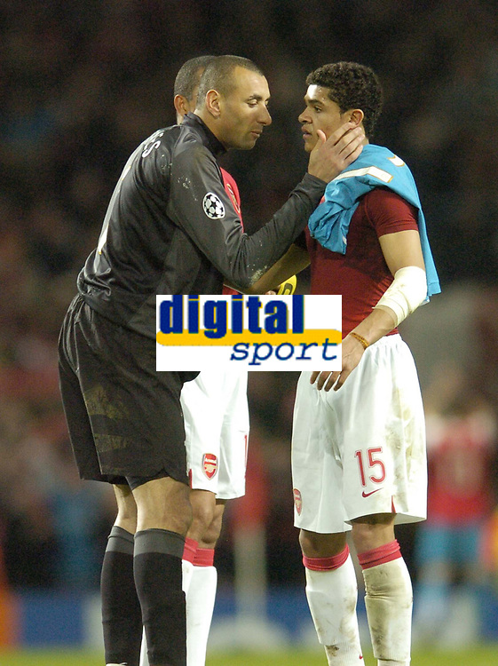 Photo: Olly Greenwood.<br />Arsenal v PSV Eindhoven. UEFA Champions League. Last 16, 2nd Leg. 07/03/2007. Arsenal 's Denilson is consoled by PSV's Gomes