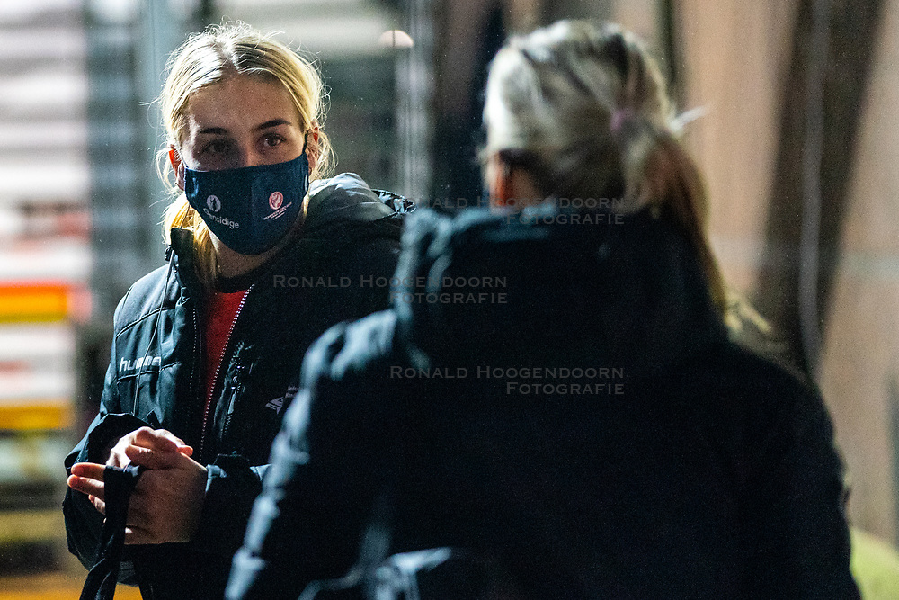 Dutch handball player Jessy Kramer on her way to training. The match during the first round of the European Championship handball against Serbia has been postponed for one day due to a corona case at the Serbian team on December 4, 2020 in Kolding