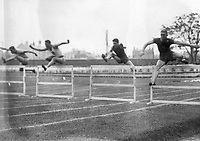 H900<br /> Aonach Tailteann Athletics - Croke Park. Hurdles race.<br /> 1928. (Part of the Independent Newspapers Ireland/NLI Collection)