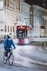 THEMENBILD - Strassenbahn in der Tiroler Landeshauptstadt, aufgenommen am 23. Jänner 2021 in Innsbruck, Oesterreich // Tramway in the Tyrolean capital in Innsbruck, Austria on 2021/01/23. EXPA Pictures © 2021, PhotoCredit: EXPA/ JFK