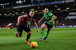 Matt Ritchie of Bournemouth under pressure from Oriol Romeu of Southampton - Mandatory by-line: Jason Brown/JMP - Mobile 07966 386802 01/03/2016 - SPORT - FOOTBALL - Bournemouth, Vitality Stadium - AFC Bournemouth v Southampton - Barclays Premier League