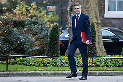 © Licensed to London News Pictures. 19/12/2017. London, UK. Defence Secretary Gavin Williamson arrives on Downing Street for the weekly Cabinet meeting. Photo credit: Rob Pinney/LNP