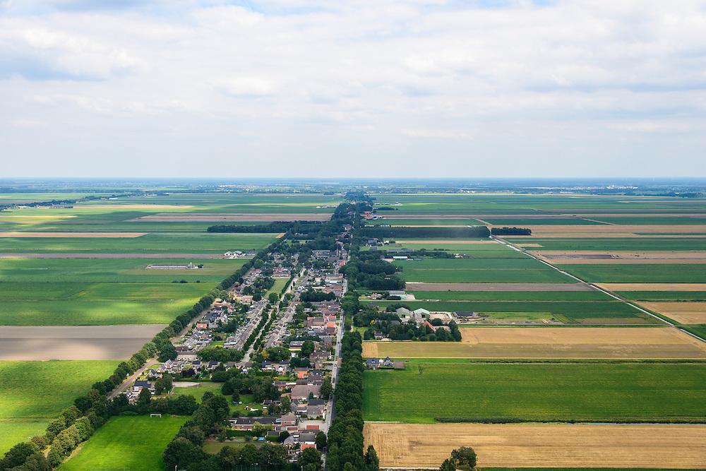 Nederland, Drenthe, Gemeente Borger-Odoorn, 27-08-2013; Tweede Exloermond, Zuiderdiep, veenkoloniaal dorp met lintbebouwing.<br /> Peat landscape and colony, village w ribbon developement  (East Netherlands).<br /> luchtfoto (toeslag op standaard tarieven);<br /> aerial photo (additional fee required);<br /> copyright foto/photo Siebe Swart.