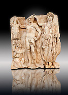 Sculpture of Roman Emperor being crowned with a barbarian captive. Aphrodisias Archaeological museum, Turkey .<br /> <br /> If you prefer to buy from our ALAMY STOCK LIBRARY page at https://www.alamy.com/portfolio/paul-williams-funkystock/greco-roman-sculptures.html . Type -    Aphrodisias     - into LOWER SEARCH WITHIN GALLERY box - Refine search by adding a subject, place, background colour, museum etc.<br /> <br /> Visit our ROMAN WORLD PHOTO COLLECTIONS for more photos to download or buy as wall art prints https://funkystock.photoshelter.com/gallery-collection/The-Romans-Art-Artefacts-Antiquities-Historic-Sites-Pictures-Images/C0000r2uLJJo9_s0