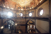 text with silence request going towards the dome inside the cathedral di Santa Maria del Fiore,Florence Italy