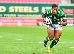 Monty Ioane of Benetton Treviso in action during todays match<br /> <br /> Photographer Craig Thomas/Replay Images<br /> <br /> Guinness PRO14 Round 3 - Scarlets v Benetton Treviso - Saturday 15th September 2018 - Parc Y Scarlets - Llanelli<br /> <br /> World Copyright © Replay Images . All rights reserved. info@replayimages.co.uk - http://replayimages.co.uk