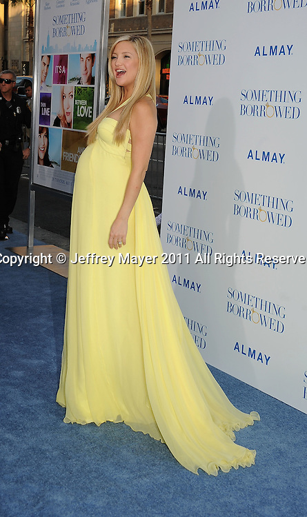 """HOLLYWOOD, CA - MAY 03: Kate Hudson arrives at the """"Something Borrowed"""" Los Angeles premiere on May 3, 2011 in Hollywood, California."""