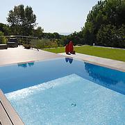 Modern Pool 1105