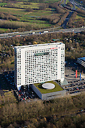 Nederland, Utrecht, Utrecht, 25-11-2008; hoofdkantoor van bankverzekeraar Fortis - hoofdkantoor Fortis Nederlandheadquarters bancassurer Fortis - Fortis Netherlands Headquartersbank is getroffen door krediet crisis, de reddingsplan door het Ministerie van financien, Nederlandse Staat als aandeelhouderbank hit by credit crisis, rescue plan performed by Ministry of Finance, Dutch State as a shareholderfinancial crisis.  .luchtfoto (toeslag)aerial photo (additional fee required).foto Siebe Swart / photo Siebe Swart