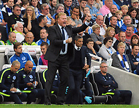 Football - 2017 / 2018 Premier League - Brighton & Hove Albion vs. Everton<br /> <br /> Everton Manager, Ronald Koeman hands out instructions to his team at The Amex.<br /> <br /> COLORSPORT/ANDREW COWIE
