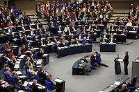 30 NOV 2005, BERLIN/GERMANY:<br /> Uebersicht der Fraktionen im Plenarsaal, Die Links/PDS, SPD, B90/Die Gruenen, CDU/CSU und FDP, (v.L.n.R.), waehrend der Regierungserklaerung von Angela Merkel, CDU, Bundeskanzlerin, Plenum, Deutscher Bundestag<br /> IMAGE: 20051130-01-015<br /> KEYWORDS: Rede, speech, Übersicht