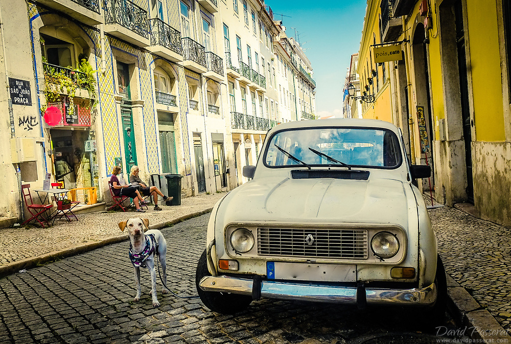 Renault 4 in Lisbon old town.