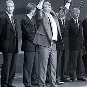NLD/Bussum/19881222 - Sportverkiezing van het Jaar 1988 in het Spant, optreden, optreden Andre Hazes