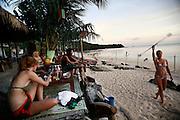 Thailandia , Phi Phi Island Ton Sai Bay