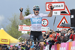May 19, 2018 - Monte Zoncolan, ITALY - British Chris Froome of Team Sky celebrates as he crosses the finish line to win stage 14 of the 101st edition of the Giro D'Italia cycling tour, 186km from San Vito al Tagliamento - Monte Zoncolan, Italy, Saturday 19 May 2018...BELGA PHOTO YUZURU SUNADA FRANCE OUT (Credit Image: © Yuzuru Sunada/Belga via ZUMA Press)