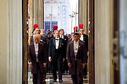 Staatsbezoek van Koning en Koningin aan de de Heilige Stoel in Vaticaanstad  /// State visit of King and Queen to the Holy See in Vatican City<br /> <br /> Op de foto / On the photo:  Koning Willem-Alexander en koningin Maxima in het Apostolisch Paleis in het Vaticaan op audientie bij paus Franciscus <br /> <br /> King Willem-Alexander and Queen Maxima in the Apostolic Palace in the Vatican on Audience at Pope Franciscus