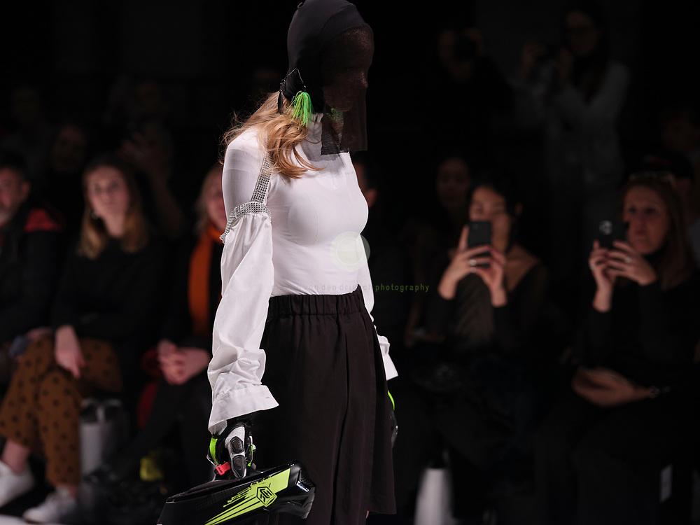 DEU, Deutschland, Berlin, 14.01.2020 /<br /> Fokus Funktion: Die Neonyt Fashion Show interpretiert High Fashion in einem Mix mit Performance-versierten Innovationsmaterialien hochaesthetisch kontemporaer und disruptiv. Back to nature – High Street Fashion meets Outdoor, unter diesem Motto hat die renommierte Stylistin Claudia Hofmann durchdachte Multi-Label-Looks zusammengestellt. Ein Maximum an universaler Performance – ein Minimum an negativem Impact, so sieht die Zukunft aus. Die Neonyt Show wird im Rahmen der MBFW im Kraftwerk Berlin praesentiert.