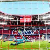 21.11.2020, Allianz Arena, Muenchen, GER,  FC Bayern Muenchen SV Werder Bremen <br /> <br /> <br />  im Bild Torschuss zum 0-1 durch Maximilian Eggestein (SV Werder Bremen #35) mit Manuel Neuer (FCB #1) Aufgenommen mit der Hintertor Remote Kamera <br /> <br /> <br /> Foto © nordphoto / Straubmeier / Pool/ <br /> <br /> DFL regulations prohibit any use of photographs as image sequences and / or quasi-video.