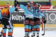 24.03.2011, Rapperswil-Jona, Eishockey NLA Playout, Rapperswil-Jona Lakers - HC Ambri-Piotta, Stacy Roest (l), Brandon Reid und Loic Burkhalter (LAK) jubeln nach dem 1:1  (Thomas Oswald/hockeypics)