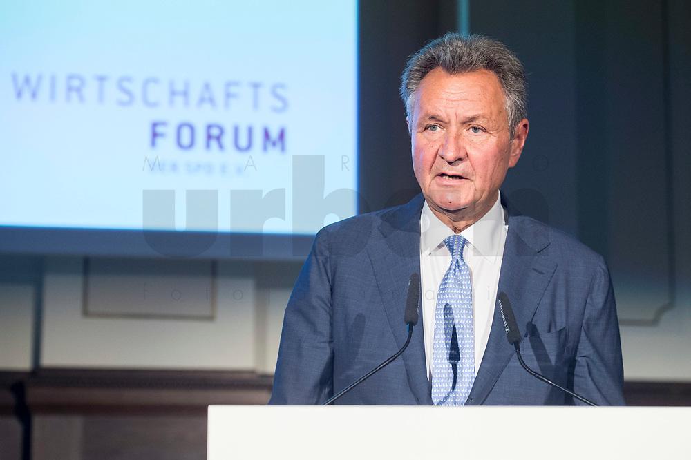 07 JUN 2018, BERLIN/GERMANY:<br /> Michael Frenzel, Praesident des Wirtschaftsforums der SPD e. V., haelt eine Rede auf dem Parlamentarischen Abend des SPD WIrtschaftsforums, Meistersaal<br /> IMAGE: 20180607-01-150