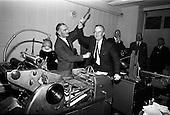 1965 - Irish Shell staff presentation at offices on Fleet Street