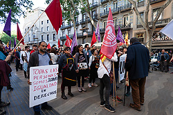May 1, 2019 - Barcelona, Espanha - BARCELONA, CA - 01.05.2019: DAY OF THE WORKERS IN BARCELONA - Thousands people related to Catalan left independence movement and more collective groups are striking from Tres Xemeneies Park to Macba Museum asking for better work and study conditions. Barcelona 2019 May 1. (Credit Image: © Nicolò Ongaro/Fotoarena via ZUMA Press)