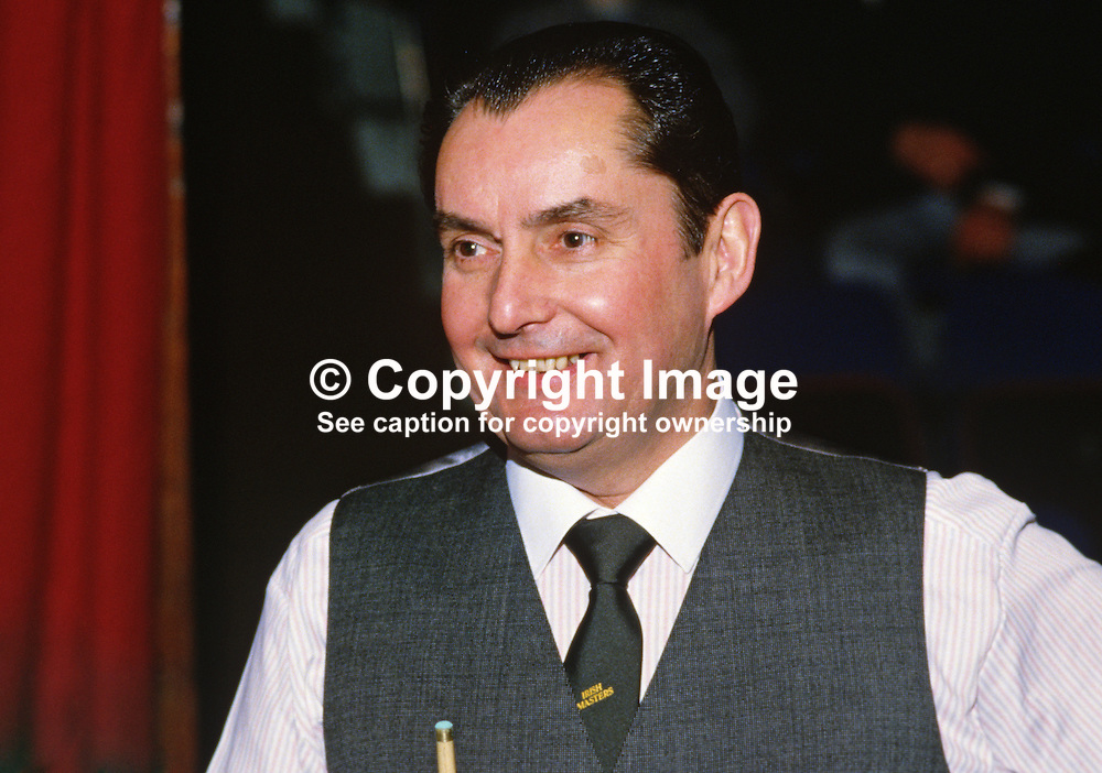 Ray Reardon, England, professional snooker player, Irish Masters, Goffs, Rep of Ireland, 198503000033f.<br /> <br /> Copyright Image from Victor Patterson, Belfast, UK<br /> <br /> t: +44 28 9066 1296 (from Rep of Ireland 048 9066 1296)<br /> m: +44 7802 353836<br /> e: victorpattersonbelfast@gmail.com<br /> <br /> www.images4media.com<br /> <br /> Please see my full Terms and Conditions of Use at https://www.images4media.com/p/terms-conditions - it is IMPORTANT that you familiarise yourself with them.<br /> <br /> Images used online incur an additional cost. This cost should be agreed in writing in advance. Online images must be visibly watermarked i.e. © Victor Patterson or that of the named photographer within the body of the image. The original metadata must not be deleted from images used online.<br /> <br /> This image is only available for the use of the download recipient i.e. television station, newspaper, magazine, book publisher, etc, and must not be passed on to a third party. It is also downloaded on condition that each and every usage is notified within 7 days to victorpattersonbelfast@gmail.com.