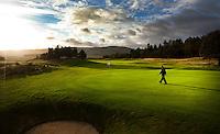 GLENEAGLES SCHOTLAND - Hole 14 van PGA Centenary Course  van Gleneagles.  Er zijn drie bannen van Gleneagles. De Queen's Corse, King's  Corse en de belangrijkste is de PGA Centenary Course. Op de PGA course wordt in 2014 de Ryder Cup gespeeld. Het Gleneagles Hotel heeft 5 sterren en het restaurant van Andrew Fairlie met 2 Michelin sterren. FOTO KOEN SUYK