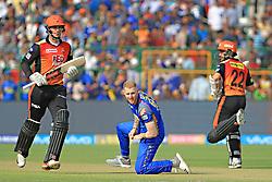 April 29, 2018 - Jaipur, Rajasthan, India - Sunrisers  Hyderabad batsman Kane Williamson and Alex Hales running between the wicket during the IPL T20 match against Rajasthan Royals at Sawai Mansingh Stadium in Jaipur on 29th April,2018. (Credit Image: © Vishal Bhatnagar/NurPhoto via ZUMA Press)