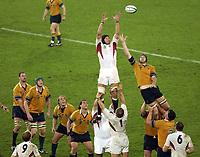 Photo. Steve Holland. England v Australia Final at the Telstra Stadium, Sydney. RWC 2003.<br />22/11/2003.<br />Line Out