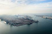 Nederland, Zuid-Holland, Rotterdam, 28-09-2014; Eerste Maasvlakte met  Amazonehaven en zicht op ECT Delta Terminal (Europe Container Terminals). Rechts Yangtzekanaal (Yangtzekanaal) en de Euromax Terminal .<br /> Port of Rotterdam, First Maasvlakte and Europe Container Terminals.<br /> luchtfoto (toeslag op standard tarieven);<br /> aerial photo (additional fee required);<br /> copyright foto/photo Siebe Swart