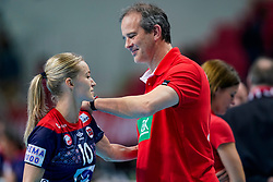 11-12-2019 JAP: Norway - Germany, Kumamoto<br /> Last match Main Round Group1 at 24th IHF Women's Handball World Championship, Norway win the last match against Germany with 32 - 29. / Coach Henk Groener of Germany, Stine Bredal Oftedal #10 of Norway
