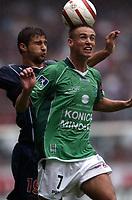Fotball<br /> Frankrike 2004/05<br /> Paris Saint Germain v Saint Etienne<br /> 29. august 2004<br /> Foto: Digitalsport<br /> NORWAY ONLY<br /> ANTHONY LE TALLEC (ST-E) / LORIK CANA (PSG)