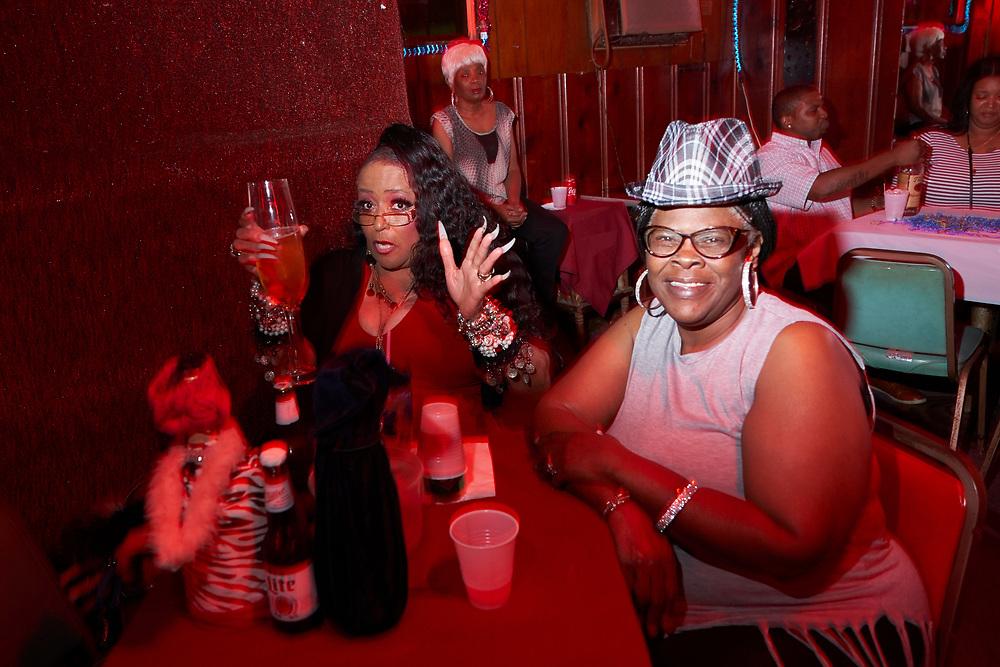 The Silver Slipper nightclub, Houston, TX. ©2018 Darren Carroll