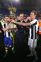 Celebrazione Coppa Juventus vince il trofeo, Celebration Cup Juventus Wins the trophy Massimiliano Allegri Juventus Miralem Pjanic Juventus Mario Mandzukic Juventus  <br /> Roma 17-05-2017 Stadio Olimpico.<br /> Football Calcio Finale Coppa Italia / Italy's Cup Final 2016/2017. Juventus - Lazio<br /> Foto Cesare Purini / Insidefoto