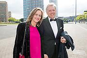 Amsterdam Diner 2019, actief een bijdrage te willen leveren aan een wereld zonder aids.<br /> <br /> Op de foto:  Ed Nijpels en partner Elsbeth Janmaat