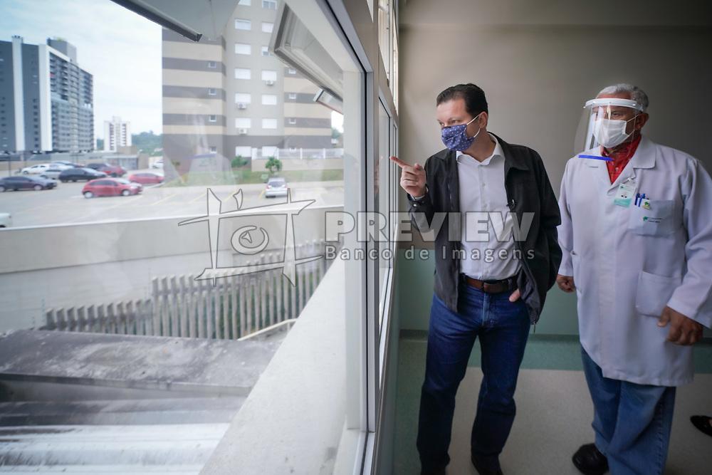 O Prefeito Nelson Marchezan Junior visita obras do Hospital Independencia. FOTO: Jefferson Bernardes/ PMPA