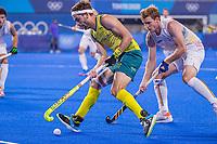 TOKIO - Gauthier Boccard (Bel)  met  Flynn Ogilvie (Aus) tijdens de hockey finale mannen, Australie-Belgie (1-1), België wint shoot outs en is Olympisch Kampioen,  in het Oi HockeyStadion,   tijdens de Olympische Spelen van Tokio 2020. COPYRIGHT KOEN SUYK