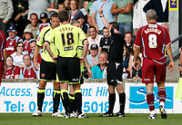 Photo: Steve Bond.<br />Scunthorpe United v Sheffield United. Coca Cola Championship. 01/09/2007. Referee Stroud shows the red card to Derek Geary