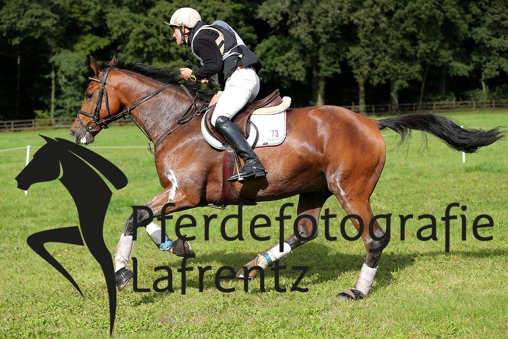 Toth, Imre, Land´s End<br /> Schenefeld DM Vielseitigkeit 2013<br /> © www.sportfotos-lafrentz.de / Stefan Lafrentz