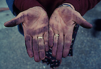 Wineworker's hands, near Parma, Italy - Photograph by Owen Franken