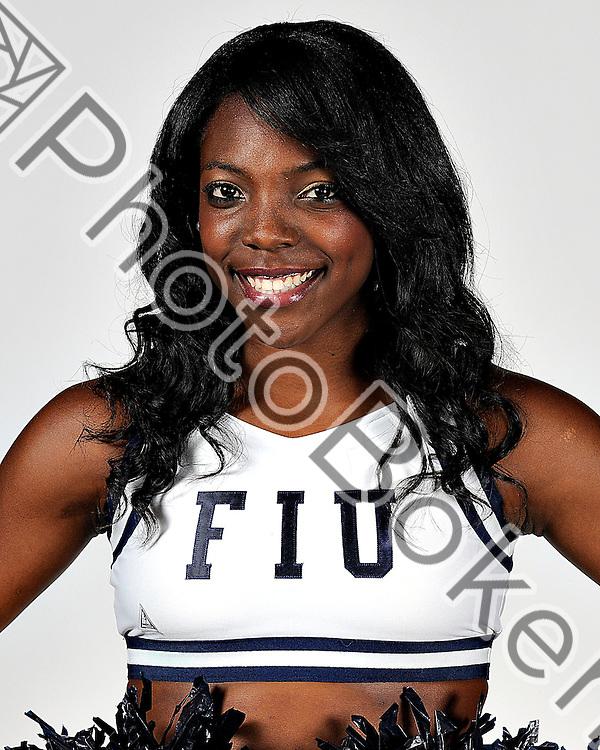 2010 November 08 - Florida International University Cheerleader portraits 2010-2011. (Photo by: www.photobokeh.com / Alex J. Hernandez) 1/250 f/5.6 ISO200 157mm