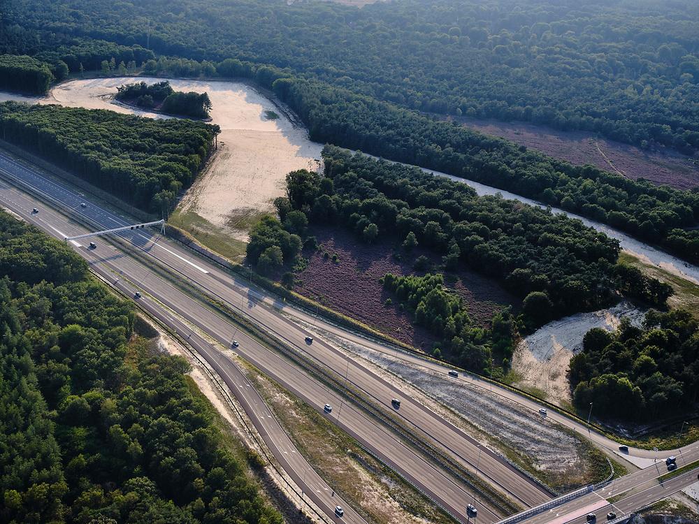 Nederland, Noord-Holland, Hilversum, 26-08-2019; voormalige afslag A27, het gebied zal gebruikt worden voor natuurontwikkeling en onder andere gebruikt gaan worden als waterberging.<br /> Former exit A27, the area will be used for nature development and water storage.<br /> luchtfoto (toeslag op standard tarieven);<br /> aerial photo (additional fee required);<br /> copyright foto/photo Siebe Swart
