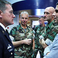 Nederland, Doorn , 26 septembre 2013.<br /> Veteranendag op militaire basis in Doorn.<br /> Karl Marlantes, Vietnam veteraan en schrijver ontmoet Nederlandse veteranen van de oorlog in Afghanistan. <br /> Veterans day at militairy base in Doorn.<br /> KarlMarlantes Vietnam veteran and writer meets veterans de la guerre d'Afghanistan.<br /> Karl Marlantes (born December 24, 1944) is an American author, businessman, and decorated Marine veteran.<br /> He is the author of Matterhorn: A Novel of the Vietnam War<br /> <br /> Foto:Jean-Pierre Jans